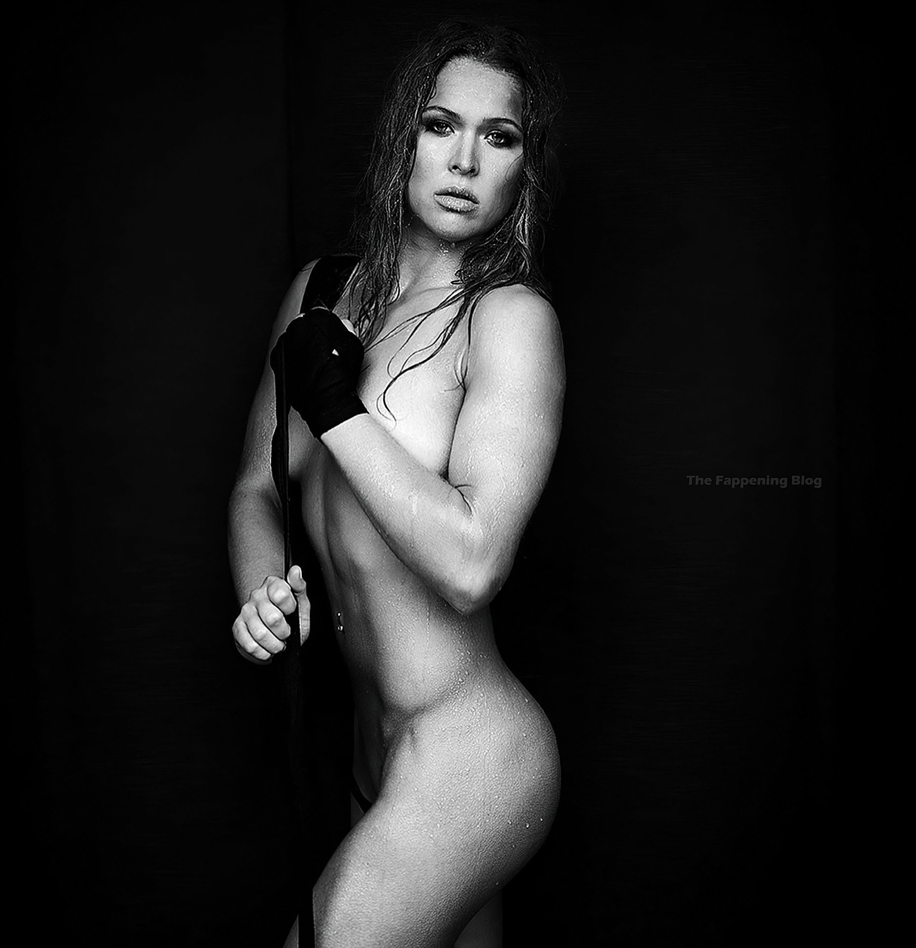 Rondarousey Nackt foto 11